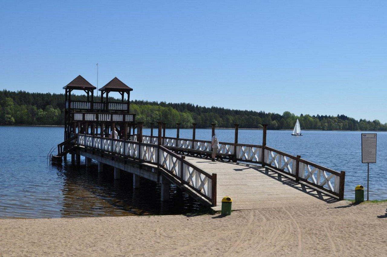 Miejskie kąpielisko nad jeziorem Olecko Wielkie.