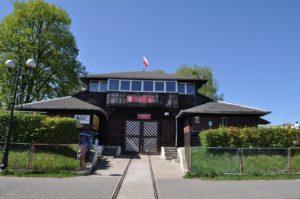 Dawny dom żeglarski oraz stanica wodna oleckiej sekcji żeglarskiej założonej w 1924 r.