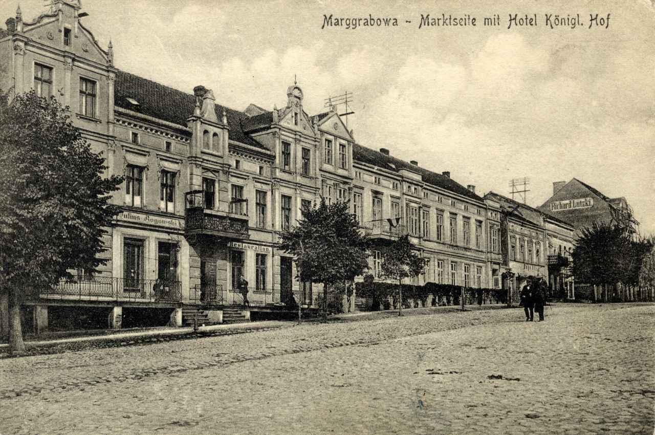 """Hotel """"Königlicher Hof""""."""