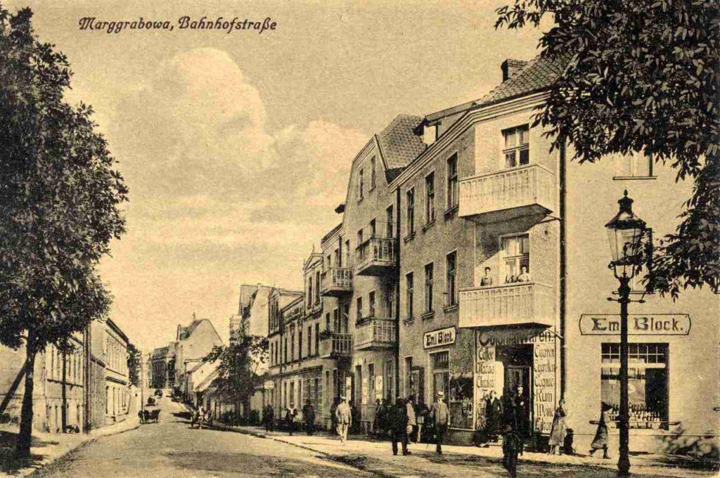 Ulica Kolejowa.