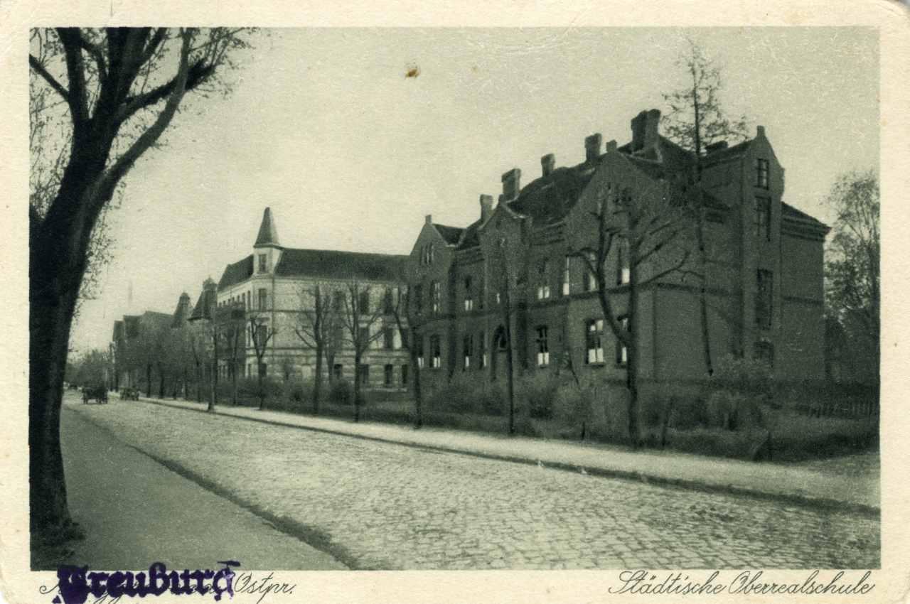 Szkoła Gospodarstwa Wiejskiego.