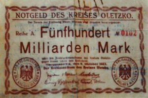 Zdjęciowa reprodukcja jednostronnego banknotu o nominale 500 miliardów marek. Ze zbiorów Zdzisława Bereśniewicza.