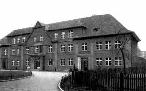 Budynek mieszkalny pracowników starostwa powiatowego.