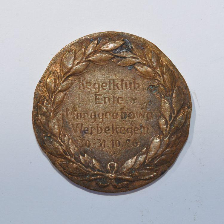 Odznaka upamiętniająca turniej w kręgle.
